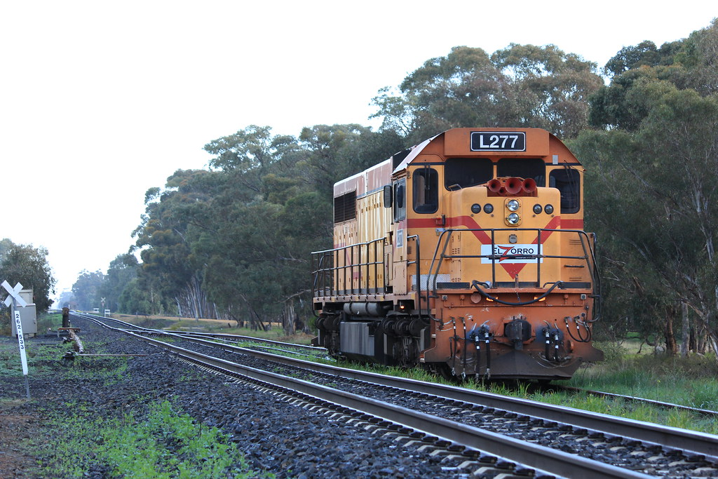 L277 stabled in Glenorchy after being dropped off by the mineral sand train by bukk05