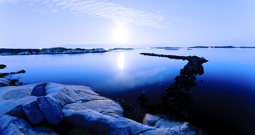 Moonlight in the Gothenburgian archipelago | by A.Cahlenstein Photography