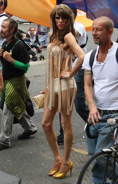 Glasgow Gay Pride 2012: Leggy Drag Queen