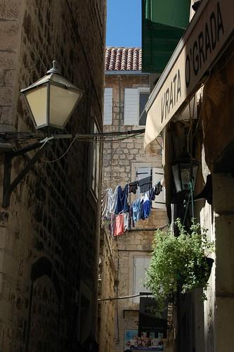 Sušení prádla v Trogiru