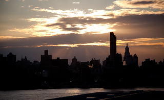 Sunset Over Lower Manhattan Viewed from the Wythe Hotel Rooftop in Brooklyn | by ChrisGoldNY