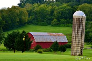 golf-barn-color | by raowen