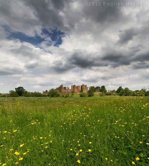 The Pleasance - Kenilworth Castle Vertorama