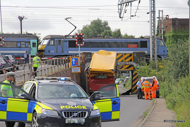 Class 90005 Greater Anglia bridge strike