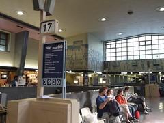 土, 2012-08-04 08:39 - モントリオール駅
