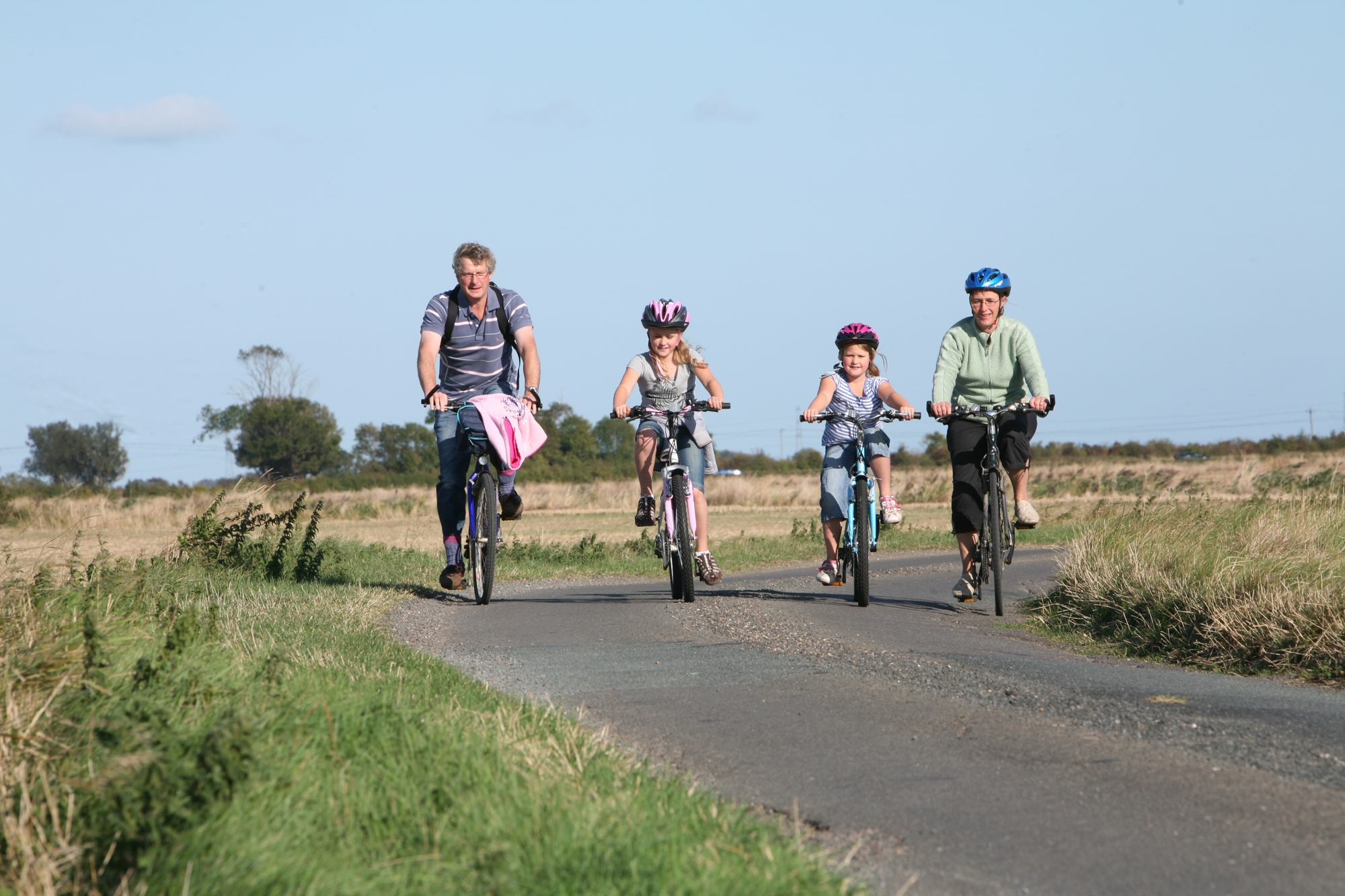Family cycle - Credit  Simon Brooke-Webb