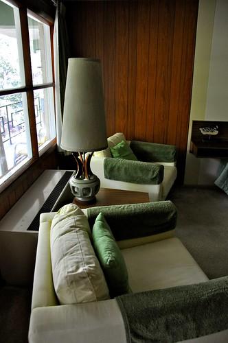 Motel Room Interiors: Motel Room Interior Daylight