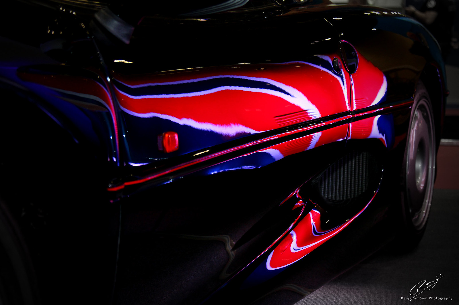 Jaguar XJ220 Union Flag