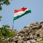 Magyar zászló az Esseg-váron