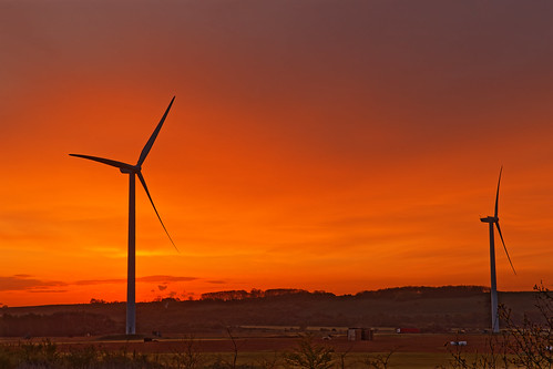 turf sunrise morning windturbines light orangeskies lorry cutting normanby northlincolnshire scunthorpe eos1dxmk2 ef2470f28llusm