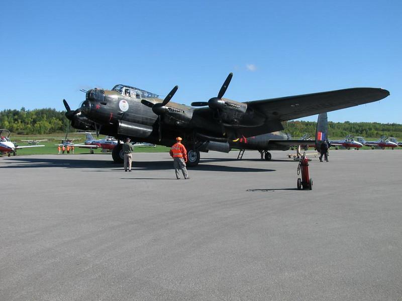 Lancaster Bomber VRA 1