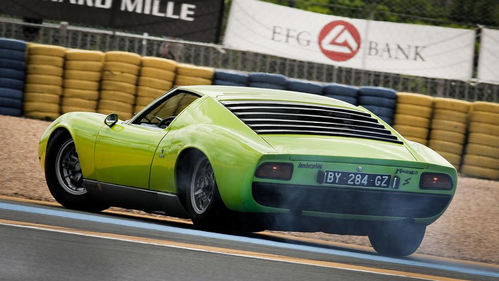 Lamborghini Miura S Le Mans Classic 12 Taken At The 201 Flickr