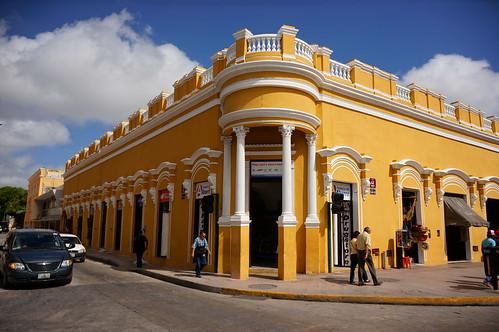 Yellow, Mérida