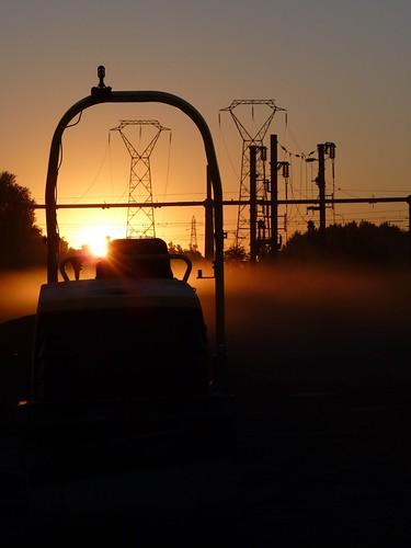 sunset sun france soleil nord aurore pylone valenciennes rouleau friche compresseur vallourec