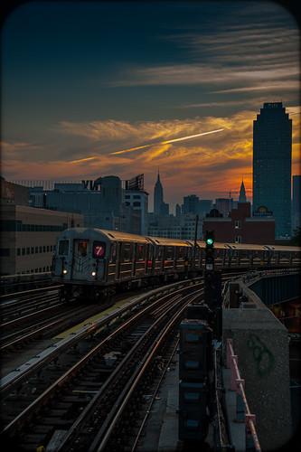 nyc sunset summer ny newyork subway nikon gothamist curbed 7train 2012 newyorkshitty d700
