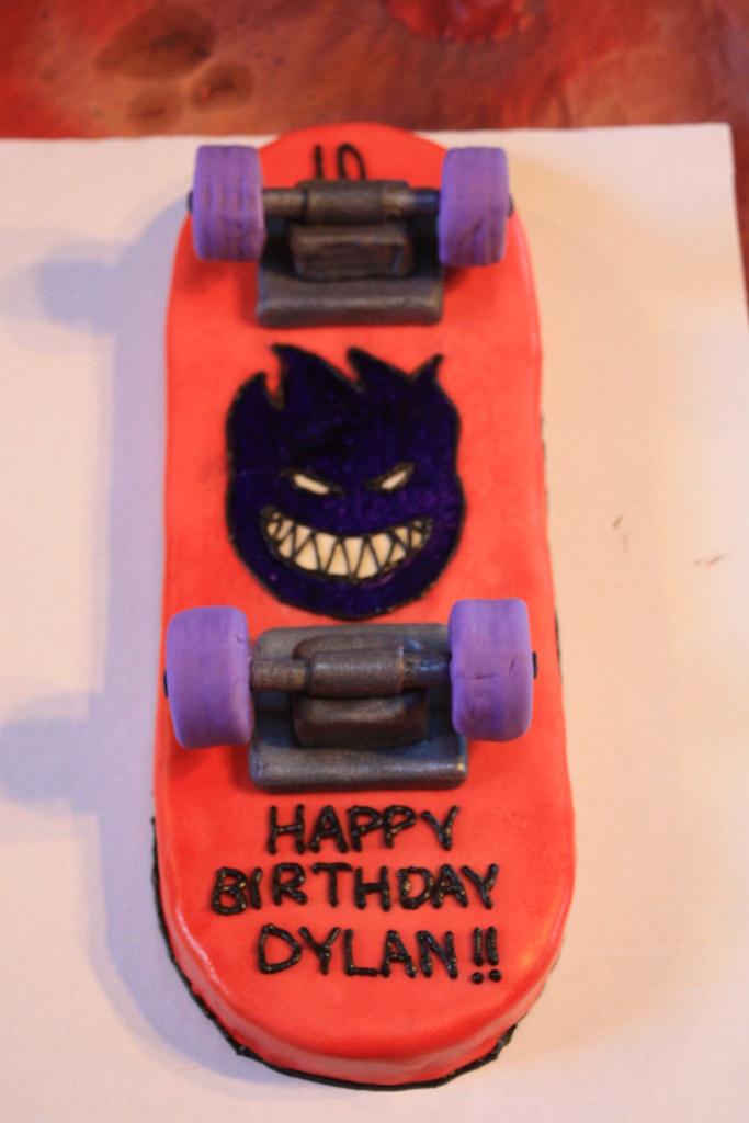 Groovy Skateboard Cake By Gloria P Birthdaycakes4Free Com Flickr Funny Birthday Cards Online Bapapcheapnameinfo