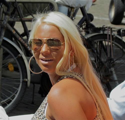 Samantha de Jong, beter bekend als Barbie,