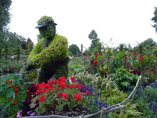 Queen Mary's Gardens, Regents Park | by Loz Flowers