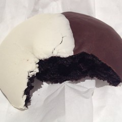 Black and White Cookie @ Martha's Vineyard Gourmet Cafe And Bakery