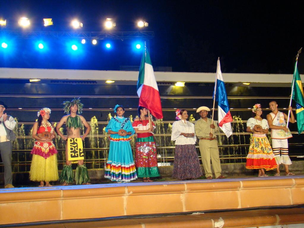 Grupos y pasacalles Festival Internacional de folklore en la Villa Ingenio Isla Gran Canaria