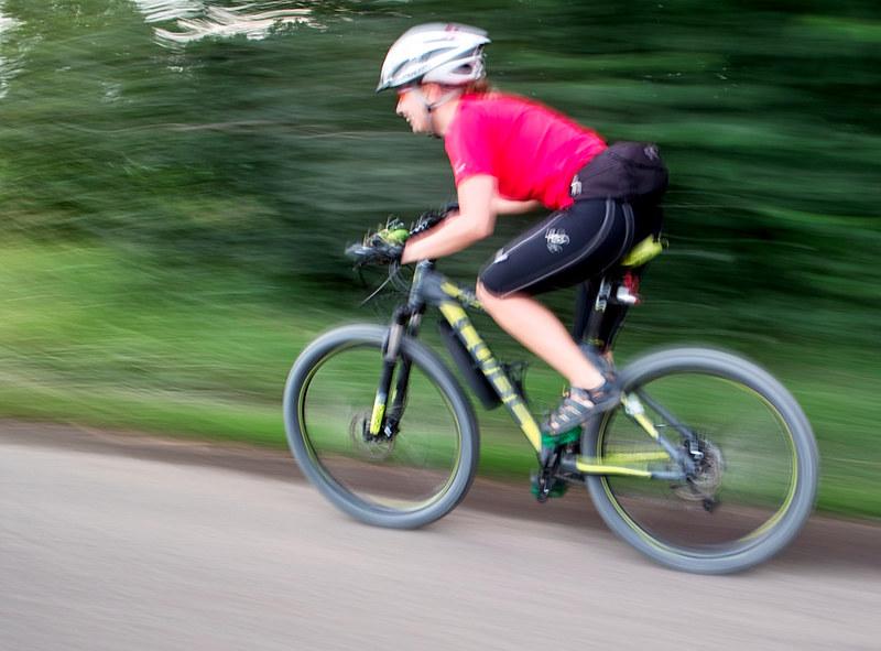 zakaz organizowania zawodów biegach jeździe rowerze