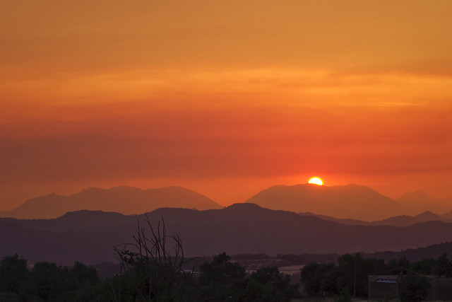 Es pon el sol / Red sunset