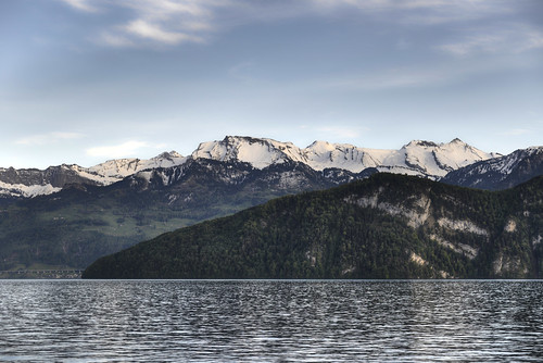 schnee trees mountains water landscape schweiz switzerland wasser day cloudy berge landschaft bäume hdr vierwaldstättersee lakeoflucerne kantonluzern cantonoflucerne d800e pwwinter