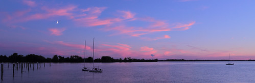 sunset panorama philadelphia river boats evening pennsylvania pa sailboats delawareriver qqqq essington