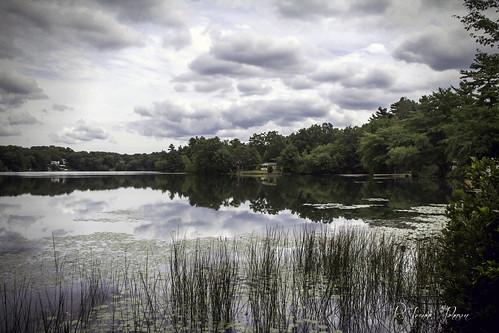 sky lake reflection water peace cream august rhodeisland serenity serene 365daysincolour mishnock odc3 rjoannejohnson