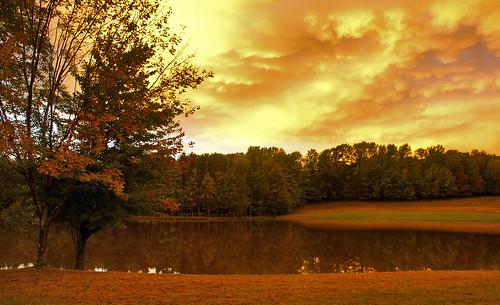 autumn sunset red sky newyork fall nature yellow upstate september townpark vestal binghamton осень jacksonpond