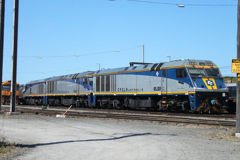 EL53, EL61, EL51 Port Kembla yard by Thomas