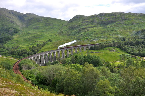 Glenfinnan Viaduct | by lellobot