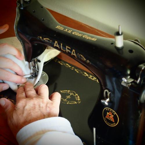 Alfa sewing machine | by francisco.j.gonzalez
