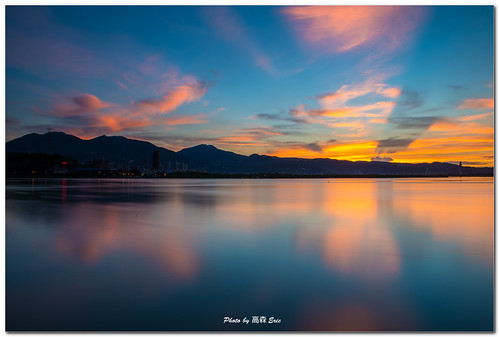 morning sky cloud sunrise nikon taiwan 台灣 雲 天空 d800 關渡宮 淡水河 日出 水沙連 釣魚台 wugu 五股 早晨 tamsuiriver diaoyutai guandutemple 142428g shueishalian