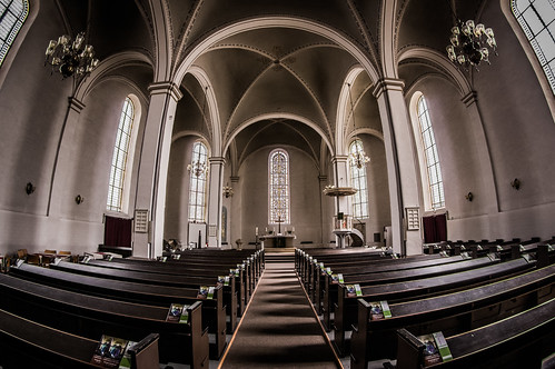 Nave | by Ludger Solbach