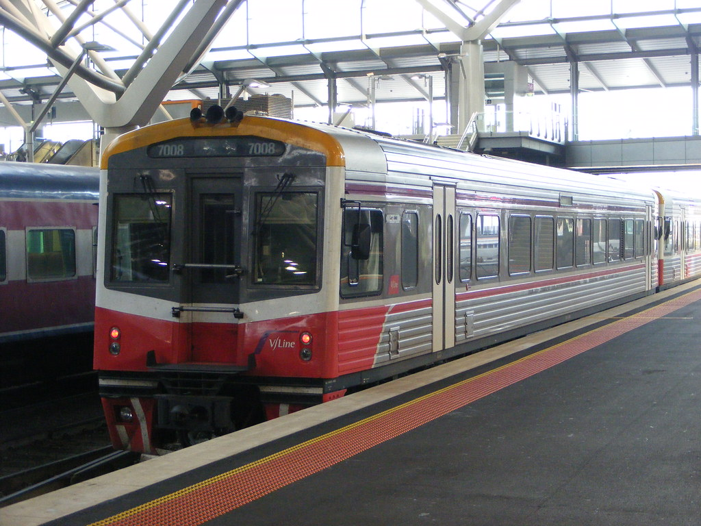 V Line 7008 Southern Cross 03.03.10 by Andy Cole