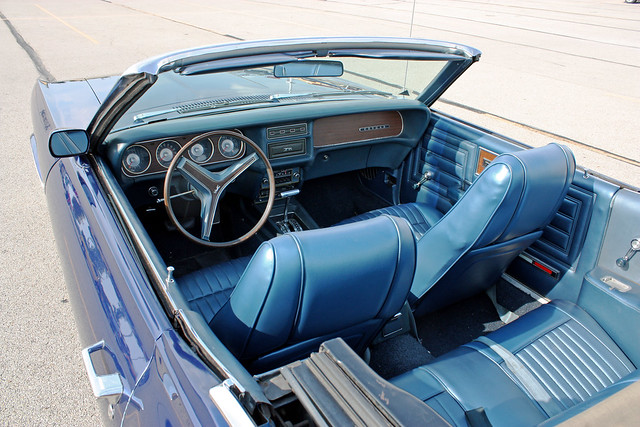 1970 Mercury Cougar Convertible (6 of 10)