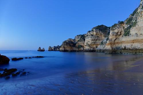 portugal dawn algarve ocean sea seascape longexposure blue bluehour sunrise dslr fullframe nisifilters coast canon eos 5d markiv 2470mmf28dgoshsm|art017