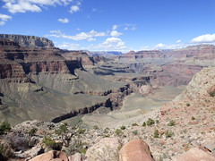 Grand Canyon - South Kaibab Trail, heading to Skeleton Point, looking north west