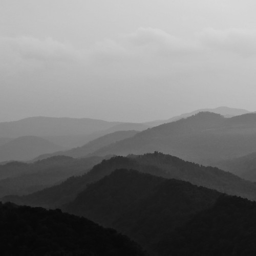 monochrome misty square tennessee i75 valleys lookingwest appalachianmountains mountainrange raritymountain