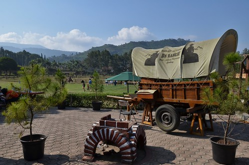 pictures travel horse indonesia photography photo nikon cowboy bandung westjava lembang wisata d7000 deranch