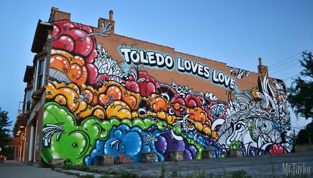 MrTaylor - MEDE - Toledo Loves Love Mural - Art Corner Tol… | Flickr