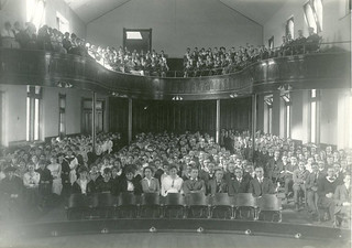 Students in Holmes Hall chapel in 1915