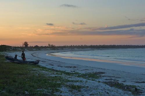 moçambique mozambique africa carrusca carruscamarsol indianocean beach praia provínciadenampula nampulaprovince nampula oceanoíndico ocean sea