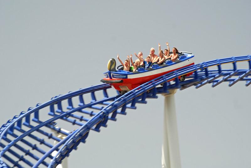 aquashow rollercoaster