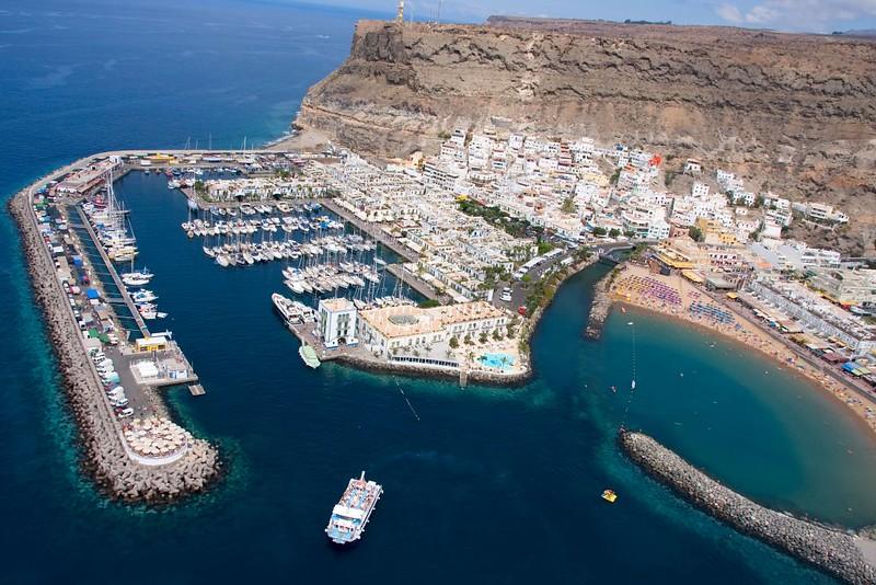 """Puerto de Mogán.Fotos Aéreas """"Costa turística de Mogán"""" Gran Canaria Islas Canarias"""