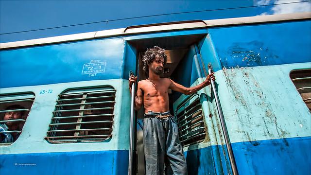 இலவச சவாரி • Madurai