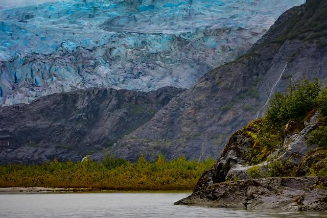 Encroaching glacier