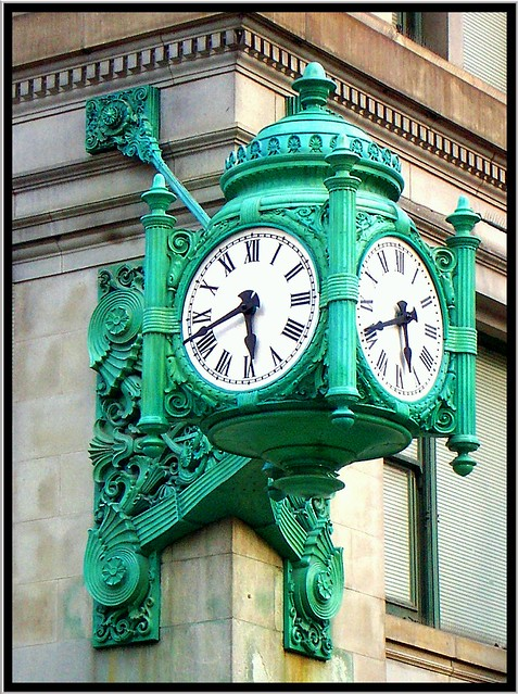 Chicago Il ~ Clock ~ Marshall Fields Department Store ~ Historic