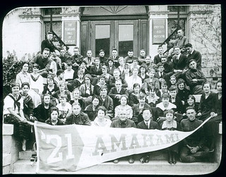 Members of the Pomona College class of 1921